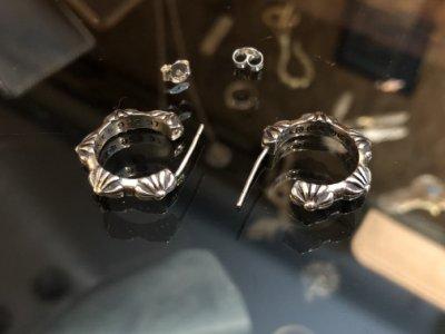 造夢師 手工訂製【Chrome Hearts】【復刻】Earring Cross Hoop 十字雕花 925純銀 耳環