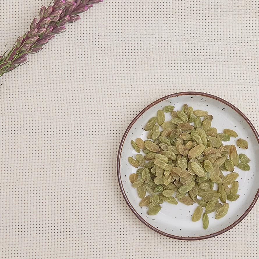綠葡萄乾(又名青堤子) (罐裝)採用成熟果實製成 保留天然甜味 好事來花生出品