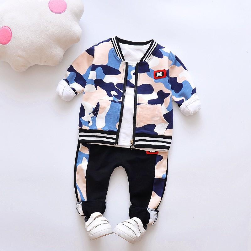 新款兒童春秋迷彩印花可愛套裝 男童寶寶時尚帥氣長袖上衣+迷彩外套+長褲三件套【IU貝嬰屋】