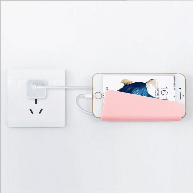 無痕壁掛式手機固定充電創意架果手機充電支架粘貼式手機平板牆壁充電防摔固定牆座
