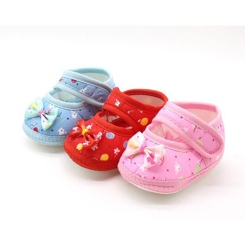嬰兒鞋的女孩可愛的蝴蝶結棉軟底皮鞋的第一人【IU貝嬰屋】