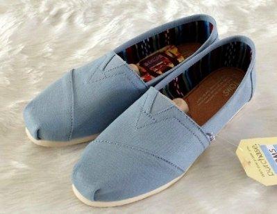 Miss ♥ Shoes - 正品TOMS 2014-經典款特定款Canvas Classics  Blue春季馬卡龍素面帆布鞋-水藍