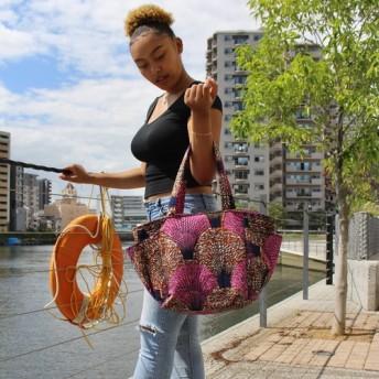 アフリカ布 ビッグショルダートートバッグ ボタニカル柄ピンク/ブラウン黒 秋バッグ 秋色 秋柄 大容量マザーズバッグ