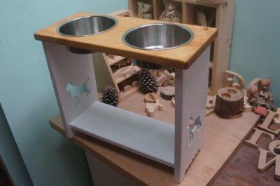 《 小木偶 木工坊 》原木狗狗餐桌雙碗雙色款 / 直徑17cm碗款 / 高度35cm