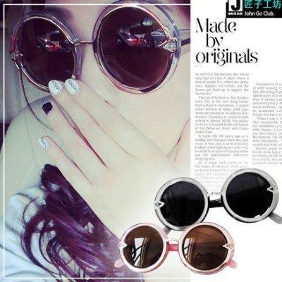 太陽眼鏡 抗UV400 凱倫W.K.個性造型 剔透水晶色感 明星最愛造型大膽又時尚 ☆匠子工坊☆【UG0040】
