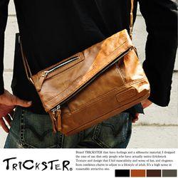【TRICKSTER】日本品牌 斜背包 折疊包 B5 小尺寸 側背包 復古皮革感 都會潮流【tr65】4色
