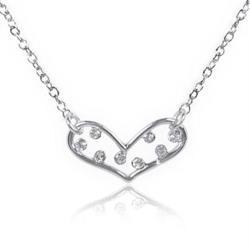 【Aguchi 亞古奇】心鑽系列‧可愛的心-經典水鑽銀項鍊飾品(日本製)