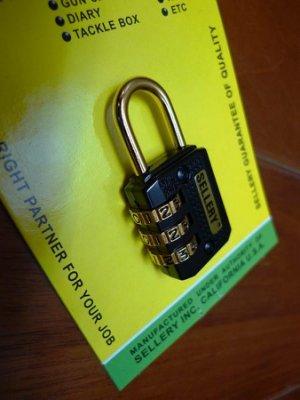 附發票*東北五金*台灣製專業高品質 三碼金鉤號碼鎖 密碼鎖 鎖頭 自行設定密碼 方便又實用!
