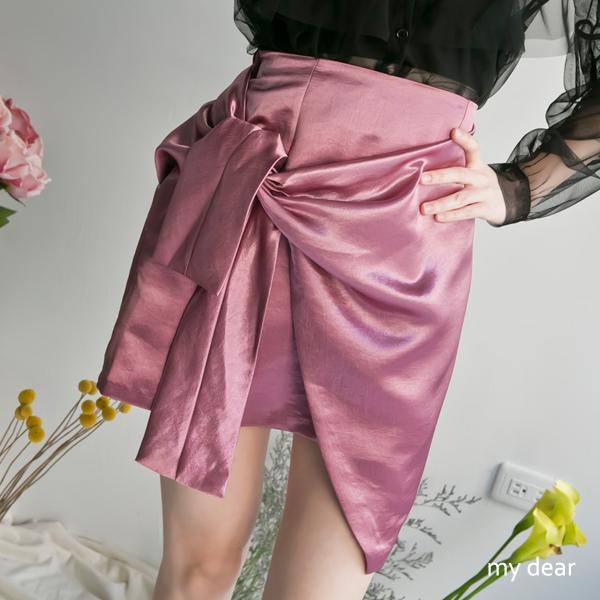 040624♦後腰鬆緊拉鍊/緞面材質/無口袋/有裙內裡