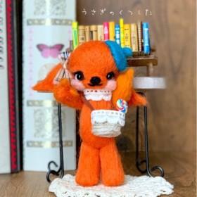 羊毛フェルト レトロオレンジのカゴバッグうさちゃん