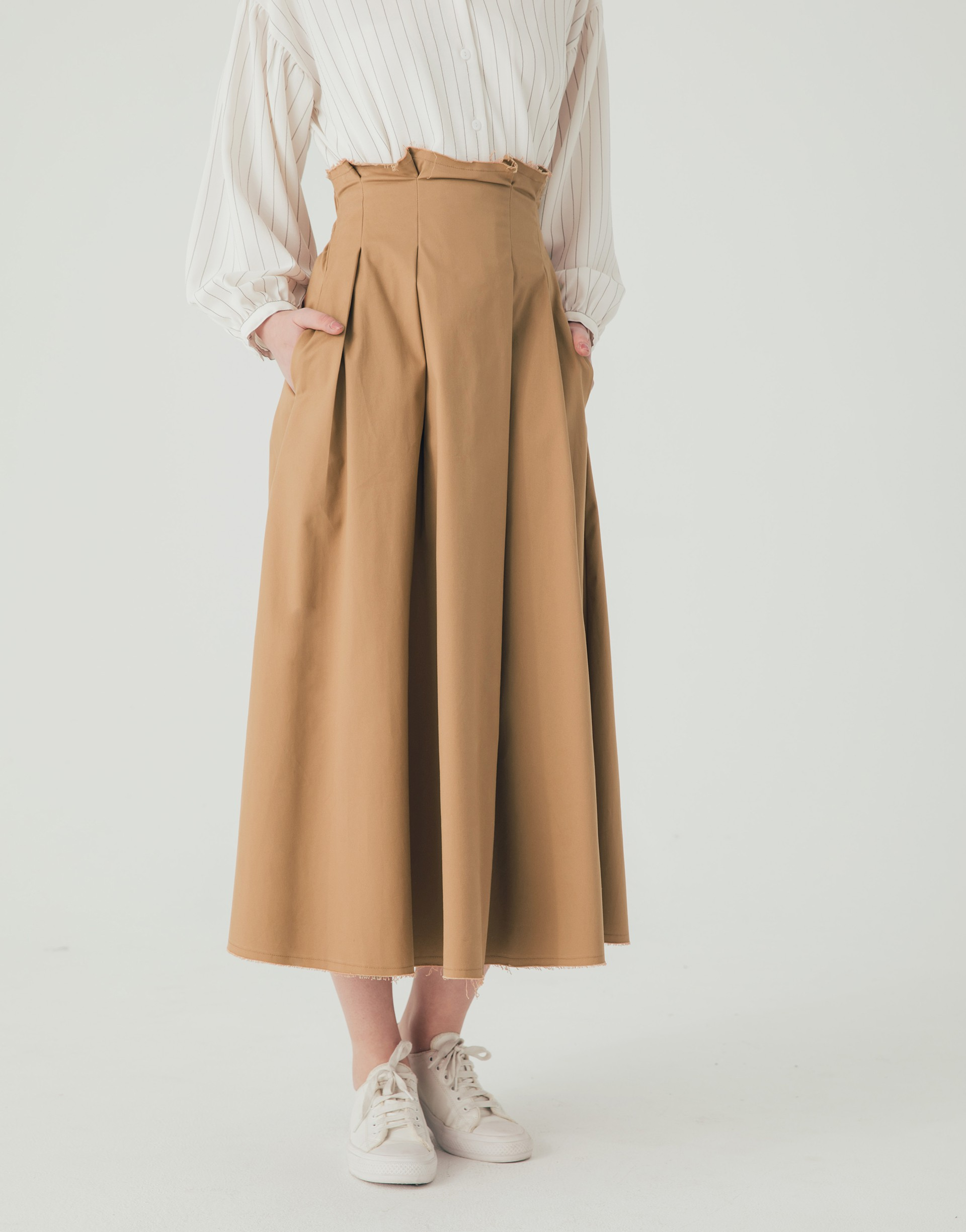 PAZZO+高腰挺版不修邊設計傘狀裙