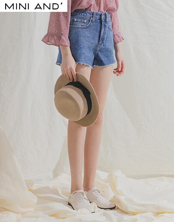 #PS系列 下襬抽鬚修身短褲-PAZZO