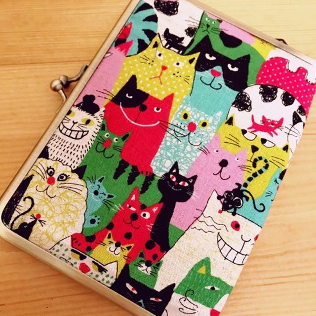 スマイル猫ちゃん がま口通帳ケース、マルチケース、母子手帳ケース