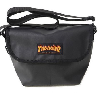 シルバーバレット THRASHERミニショルダーバッグ メンズ ブラック系1 FREE(フリーサイズ) 【SILVER BULLET】