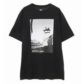 【クイックシルバー:トップス】【DC ディーシー公式通販】ディーシー (DC SHOES)メンズ 半袖 Tシャツ 19 TATSUMAX PHOTO SS