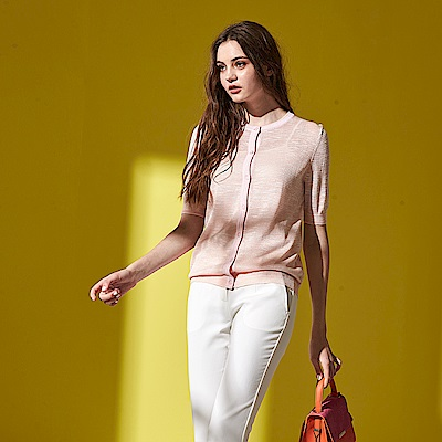 Chaber巧帛 氣質親膚棉壓紋設計五分袖輕薄針織小外套 (兩色)-粉