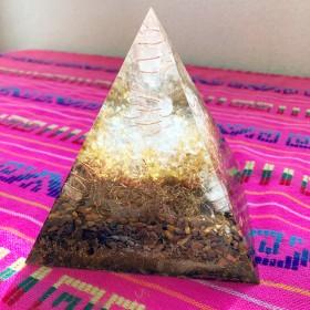 【家宝級!ギガサイズ】ピラミッド型 超特大オルゴナイト 金運 仕事運 商売運UP 開業祝いの贈り物に。