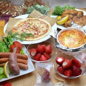 業務用食材パーティセット よくばり5種セット料理&スイーツC (鶏もも唐揚げ・ウインナー・ピザ・グラタン・練乳ミルク入り苺アイス)東商マート(直送品)
