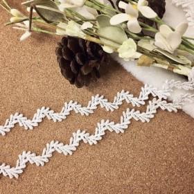 *再入荷*オリーブ 葉っぱ リーフ ケミカルレース ブレード 白 BK180135 ハンドメイド 手芸 素材 材料