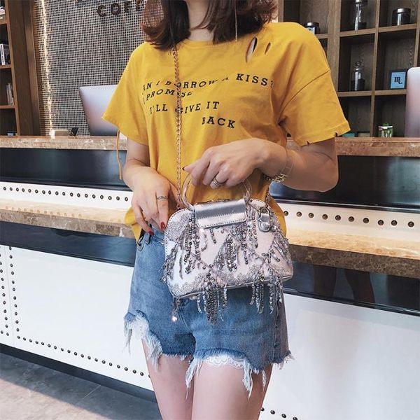 流蘇包小包包女2019潮韓版手提斜背包鍊條側背包時尚流蘇貝殼包 雲朵走走