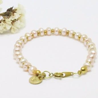 トーテムの宝石母の日バレンタインデーの誕生日記念宴会の永遠自然ピンクの真珠のブレスレット真鍮の光の手はクリスマス