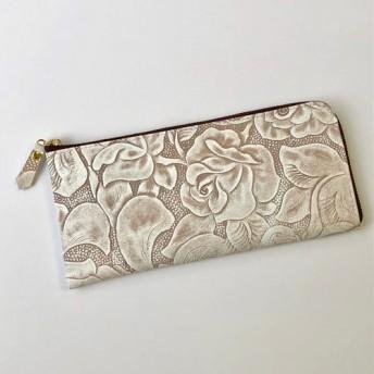 牛革のスリムな長財布 ボタニカル柄型押し ブラウン
