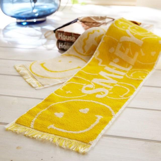 タオル 冷感糸でひんやり!さわるとつめたいクールタオル<日本製> カラー 「スマイリー」