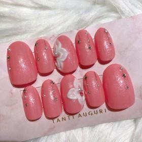 14.華やかピンク ネイルチップ