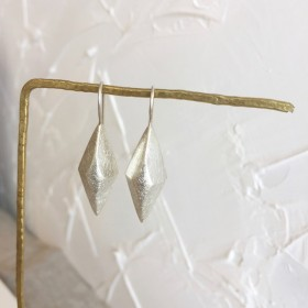 シルバースタッドピアス (マット仕上げ)Earring Stud mat (No.320042)