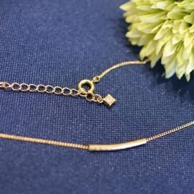 シンプル ゴールドネックレス