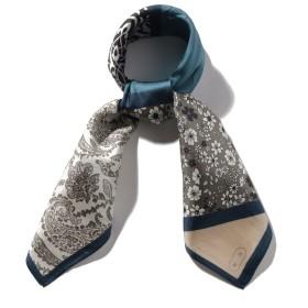パッチワーク風プリントスカーフ