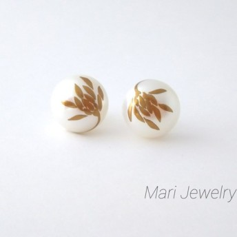 蒔絵パールピアス / 菊の花 / maki-e pearl earrings / chrysanthemum