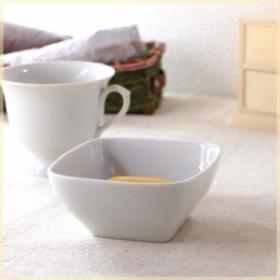 スクエアシンプルボール  小鉢 角鉢 サラダ鉢 フルーツボール 洋食器 白い食器 シンプル 食器 カフェ食器 国産 美濃焼 訳あり 父の日