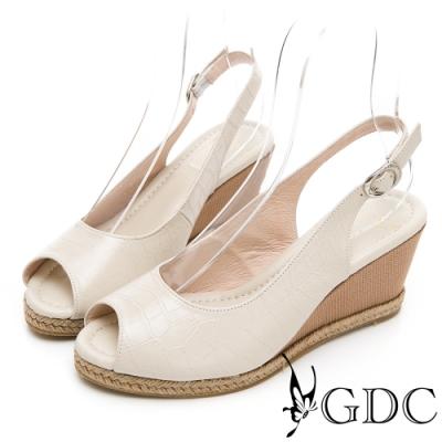 GDC-真皮動物紋時尚楔型後空魚口涼鞋-米色