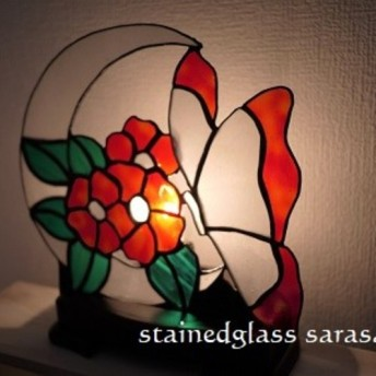 ︎:.。三日月と花と蝶のファンランプ♪