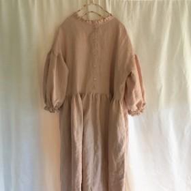お洋服と耳飾りのセット販売【2wayカスタムワンピース*フリルネック(ピンク)】