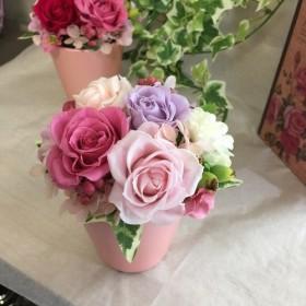 ピンクの薔薇のプリザーブドフラワー