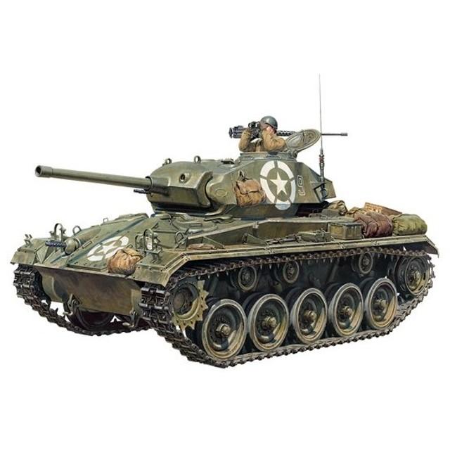 アメリカ軽戦車 M24 チャーフィー タミヤ イタレリ 1/35MM 37020 プラモデル