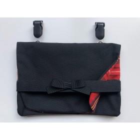 TORIDORINO 移動ポケット 付けポケット ティッシュケース付 黒×赤タータン