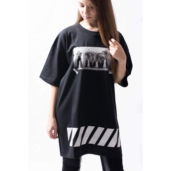 TVアニメ『バキ』描き下ろし「最凶死刑囚」Tシャツ(男女兼用) 刃牙 グッズ 服 アパレル (XL, ブラック)