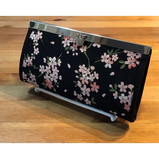 送料無料!ちりめん素材の桜柄 がま口長財布