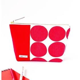 鮮やかな赤ドットのマチ付き化粧ポーチ(赤の帆布)