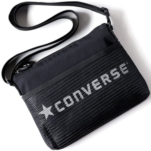 CONVERSE (コンバース) クラシック サコッシュ dwearsステッカー入り ショルダーバッグ ポーチ トラベル 旅行 バッグ ミニ ショルダー 東京 TOKYO <ブラック>