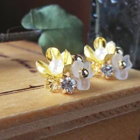 【SALE】小さな花束のピアス/B*karen