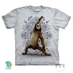 摩達客(預購)美國進口The Mountain樹懶戰士灰白底純棉環保藝術中性短袖T恤