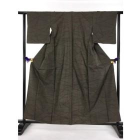 着物 名品 紬 焦茶色 幾何学 正絹 袷(10月〜5月)身丈160.5cm 裄丈63cm  リサイクル バイセル PK20
