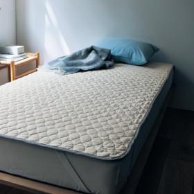 綿だけでつくった草木染めの敷きパッド[日本製]