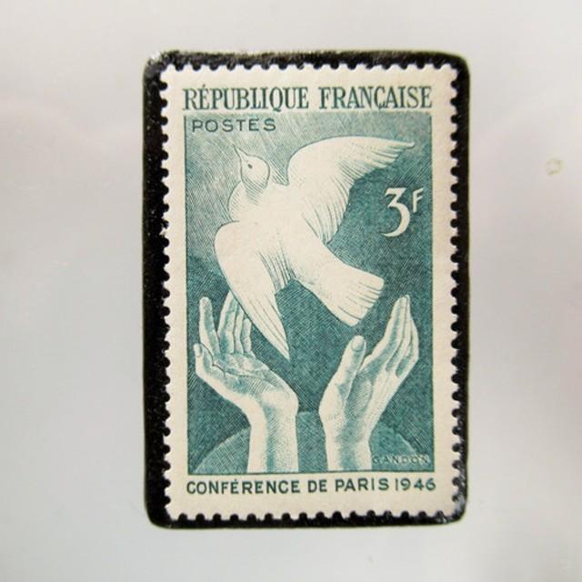 フランス 切手ブローチ 5339