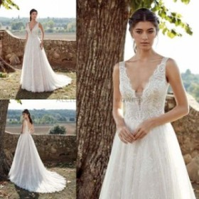 サイズオーダー可 ウェディングドレス エレガントホワイト/アイボリーVネックノースリーブチュールウェディングドレス