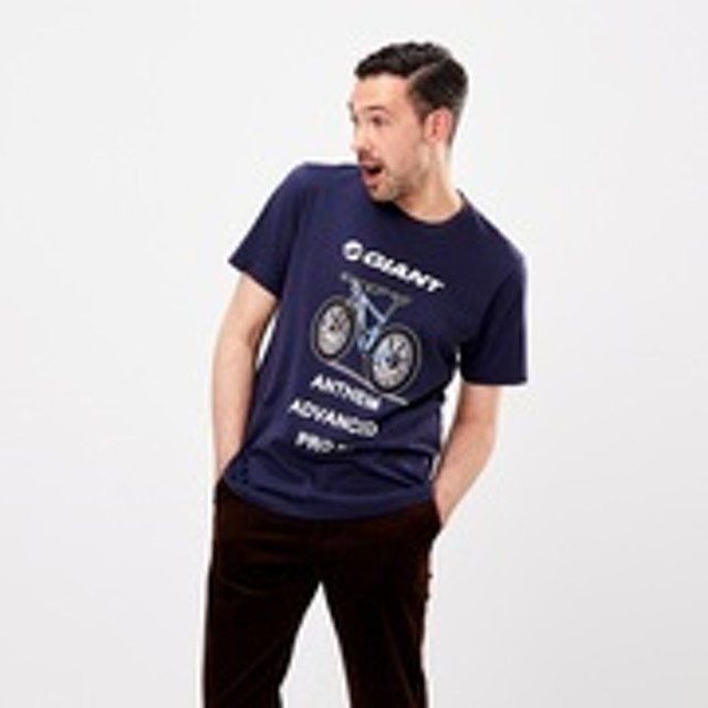 ザ・ブランズ アウトドア UT ジャイアント(グラフィックTシャツ・半袖)